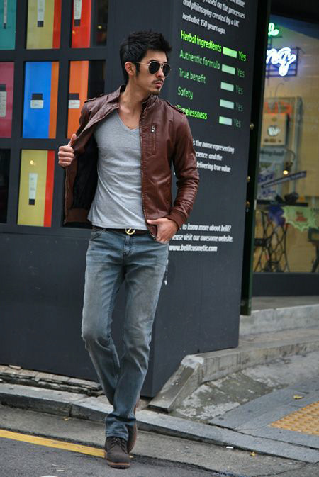 Men's fashion brown leather jacket