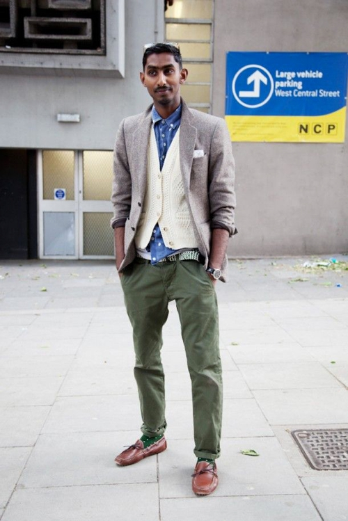 Green and olive pants style for men famous outfits for Olive green oxford shirt