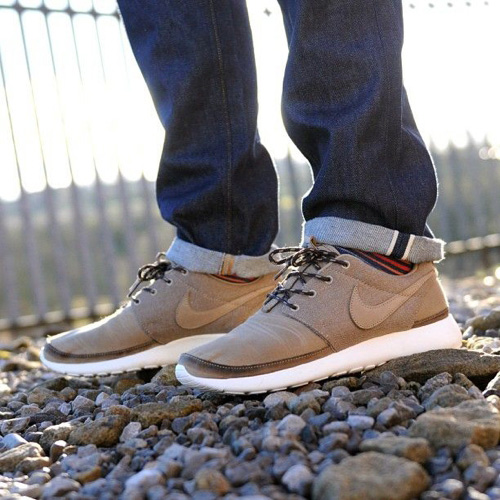 Nike Roshe Run Style | Famous Outfits